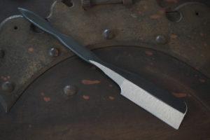 玉鋼  日本剃刀 藤(とう)印 試作品  (高安寺の春)