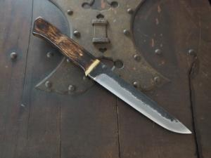 Small Knife 「Ooshirakawa-Syoutou」180mm・with colored Oak handle Yoshihiko Akitomo